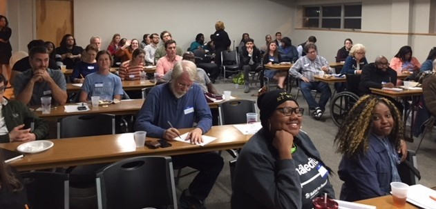 Community members turn out to learn about housing trust funds at November 2017 Pizza with Planners meeting sponsored BLDG Memphis, Innovate Memphis, and the City of Memphis Division of Housing and Community Development